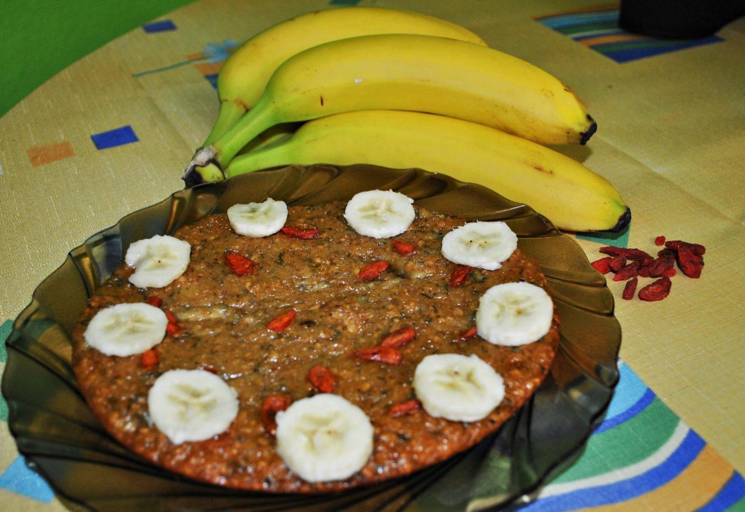 Banánová torta s goji