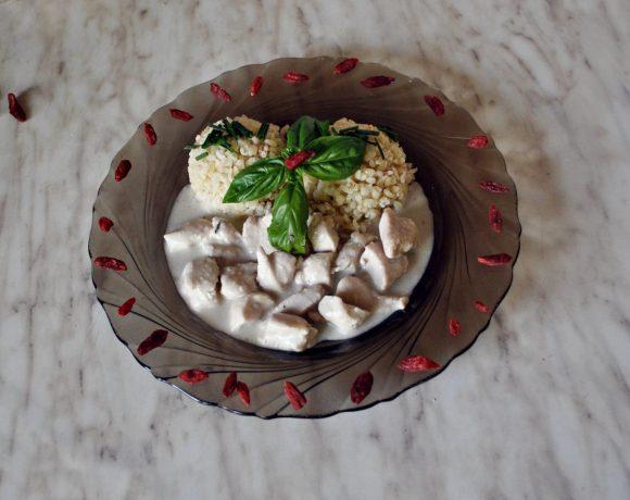 Kuracie soté pripravené na kokosovom mlieku
