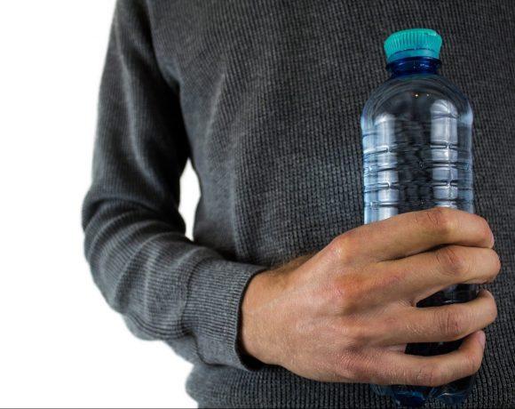 Nebezpečné využívanie plastových fliaš
