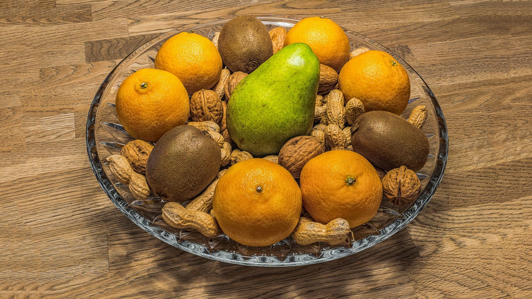 Ovocie a orechy nesmú chýbať v mikulášskom balíčku
